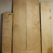 401Double-bassCurly-maple2016Back-and-Sides-1