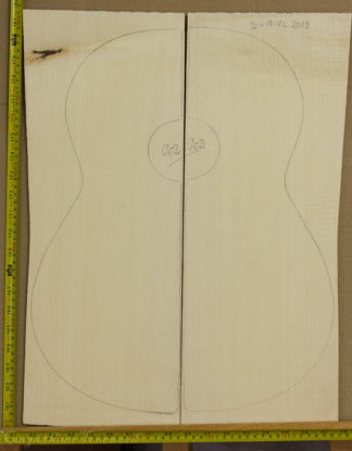 Guitar classical No.702 Top made with Spruce in 2013 A grade