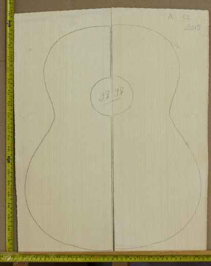 Guitar classical No.97 Top made with Spruce in 2015 A grade