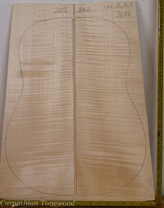 Guitar western No.202 Back and Sides made with Curly maple in 2014 AAA grade