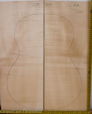 Guitar classical No.207 Back and Sides made with Curly maple in 2014 AA grade