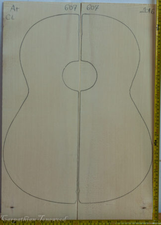 Guitar classical No.607 Top made with Spruce in 2016 A grade