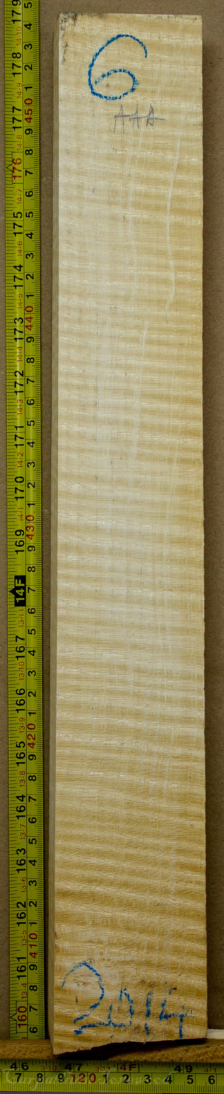 Violin No.6 Neck made with Curly maple in 2014 AAA grade