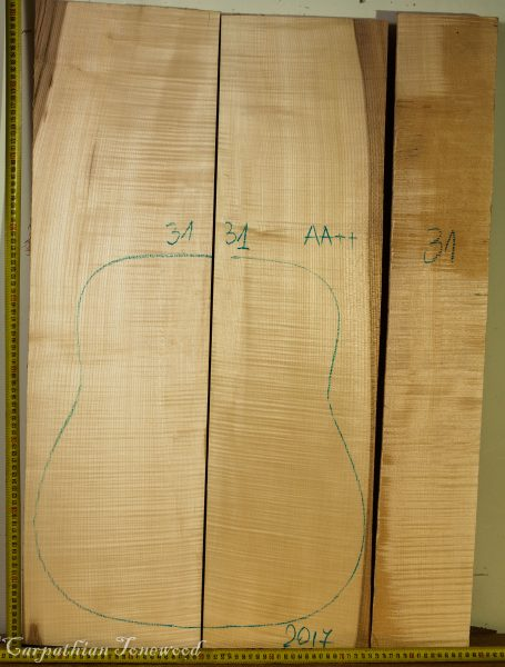 Guitar archtop No.31 Back and Sides made with Curly Maple in 2017 AA grade