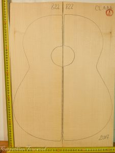Guitar classical No.822 Top made with Spruce in 2017 AAA grade
