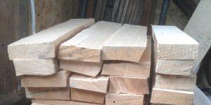 Hand split bracewood