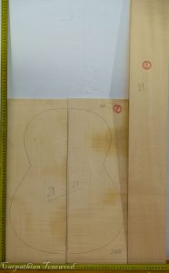 Guitar classical No.21 Back and Sides made with Curly maple in 2016 AA grade