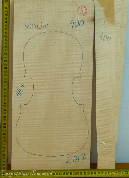 Violin No.400 One piece Back and Sides made with Curly Maple in 2017 AA grade