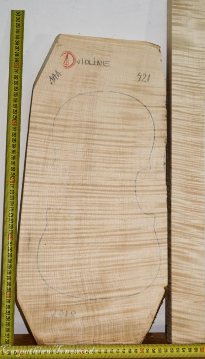 Violin No.421 One piece Back and Sides made with Curly Maple in 2018 AAA grade