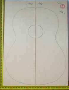 Guitar classical No.1918 Top made with Spruce in 2017 AAA+ grade