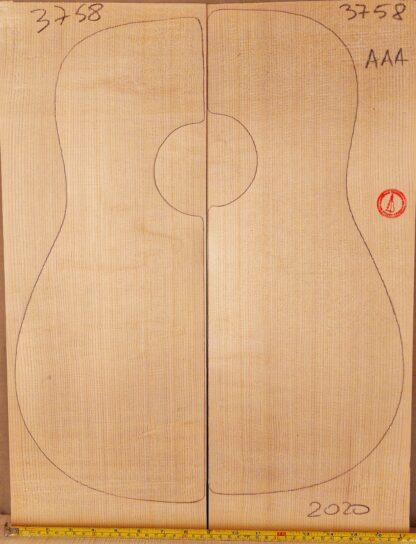 Guitar classical No.3758 Top